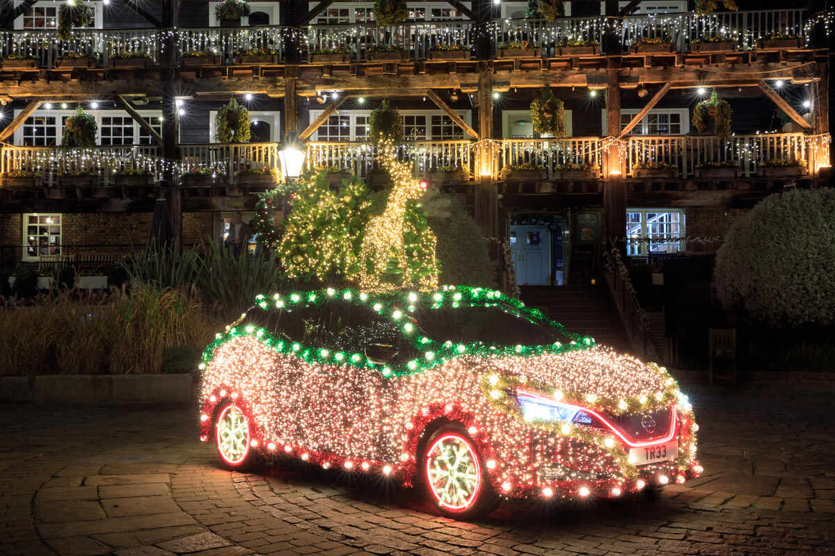 proimages/Press/-1200x800.(4)_Introducing_the_Nissan_(Christmas)_TREE_a_festive_display_that_is_powered_by_the_Nissan_LEAFu2019s_own_regenerative_energy.jpg